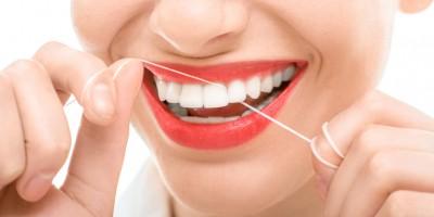 Zahnpflege - Zahnreinigung - Zahnseide